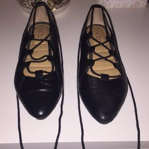 ME TOO lace up flats
